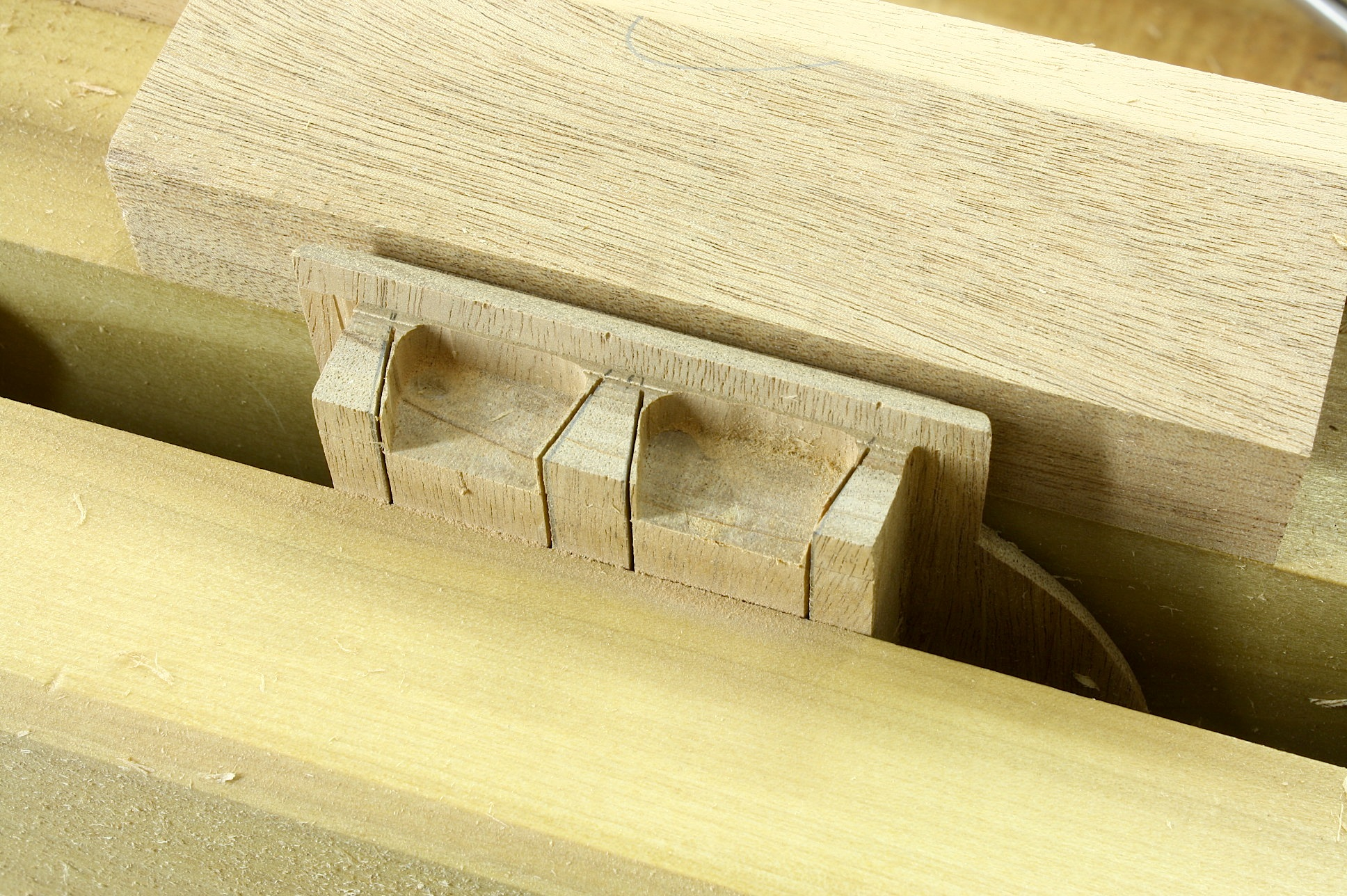 Woodworking Bench Vise Installation Wooden Plans Wood
